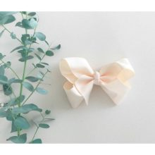 Ivory bow from little olga 10 cm. Bows and headbands for girls